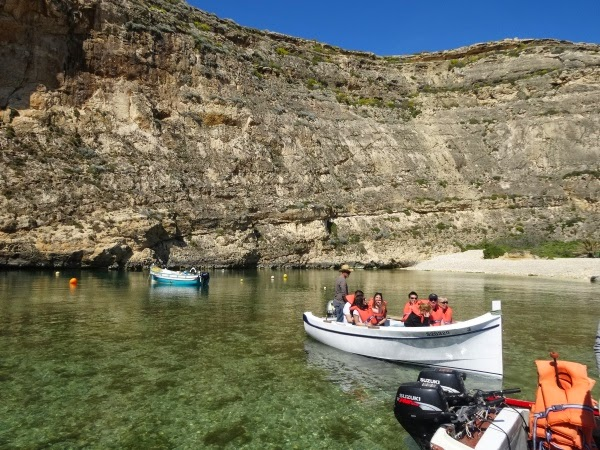 Grota na wyspie Gozo