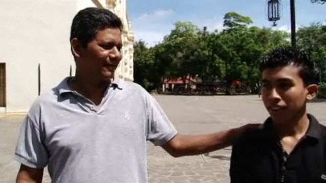 Los niños nicaragüenses se convierten en hombres en los burdeles