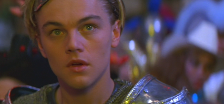 baz luhrmanns romeo juliet Can i talk about baz luhrmann's romeo and juliet please here is what i learned about this incredible movie from my youth.
