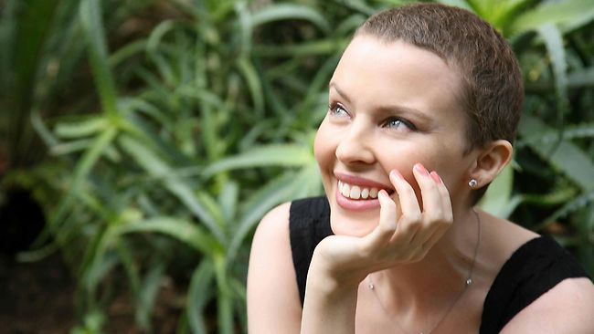 """Chatter Busy: Kylie Minogue About Cancer: """"I Was Very"""