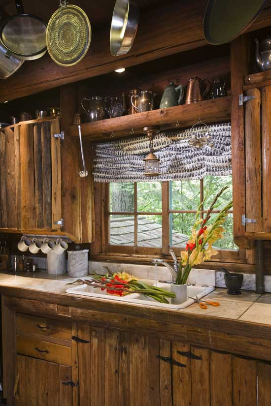Rustic Maple Kitchen Cabinets