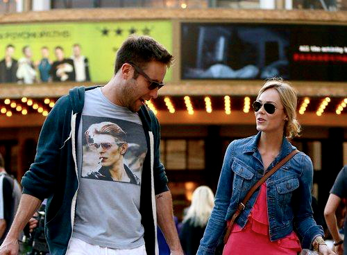 189 the grove drive los angeles california 90036 with Laura Vandervoort With Michael Rosenbaum After Shopping In La on LocationPhotoDirectLink G32655 D547175 I70154019 The Grove Los Angeles California besides LocationPhotoDirectLink G32655 D547175 I301515266 The Grove Los Angeles California additionally Photos in addition Attraction Review G32655 D547175 Reviews The Grove Los Angeles California moreover .