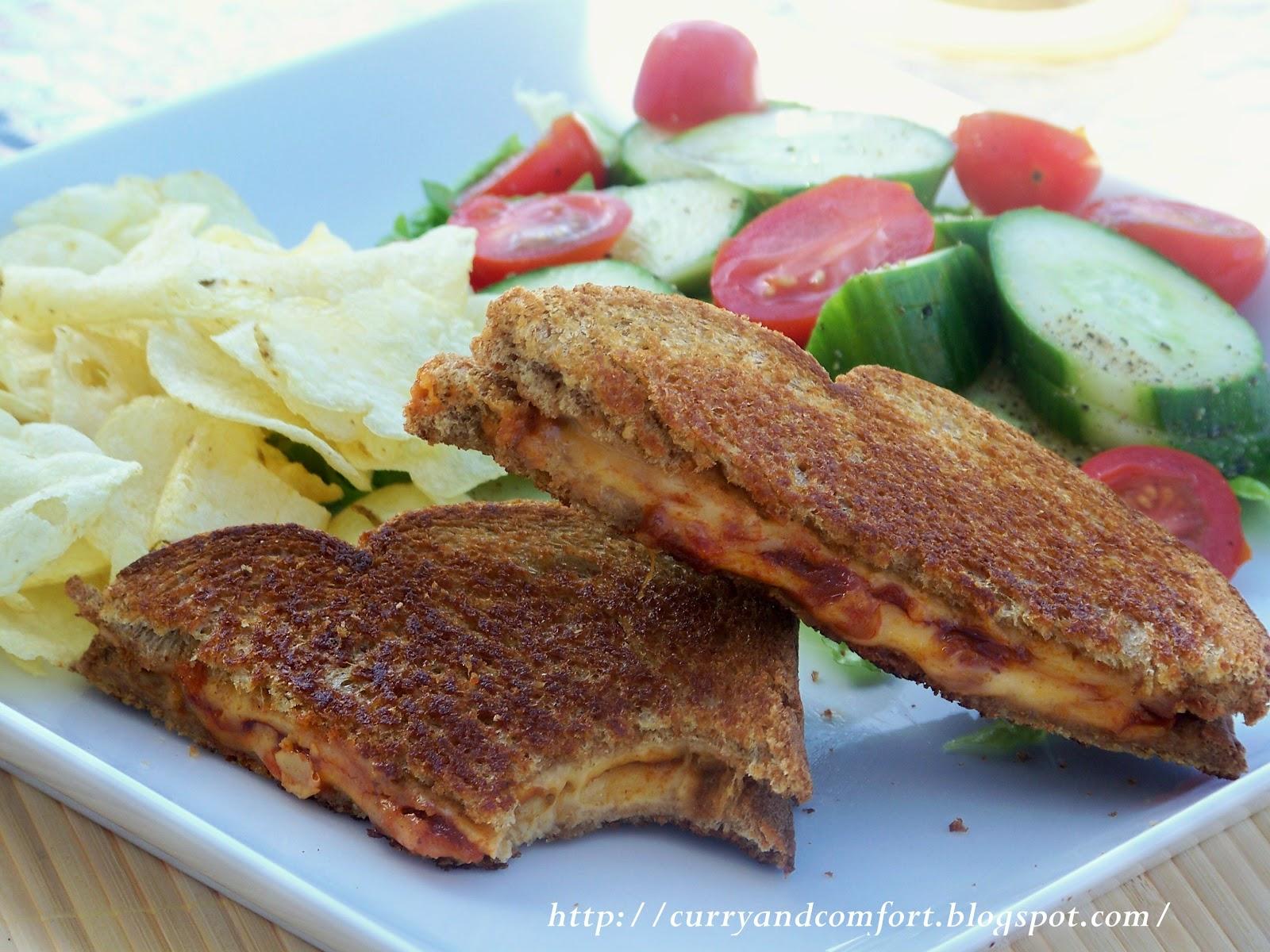 Kitchen Simmer: Deviled Onion Grilled Cheese Sandwich