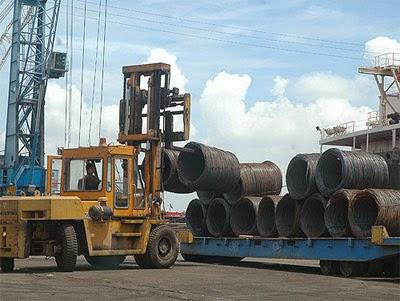 Nhập khẩu thép vẫn tăng mặc dù sản lượng thép tồn kho cao