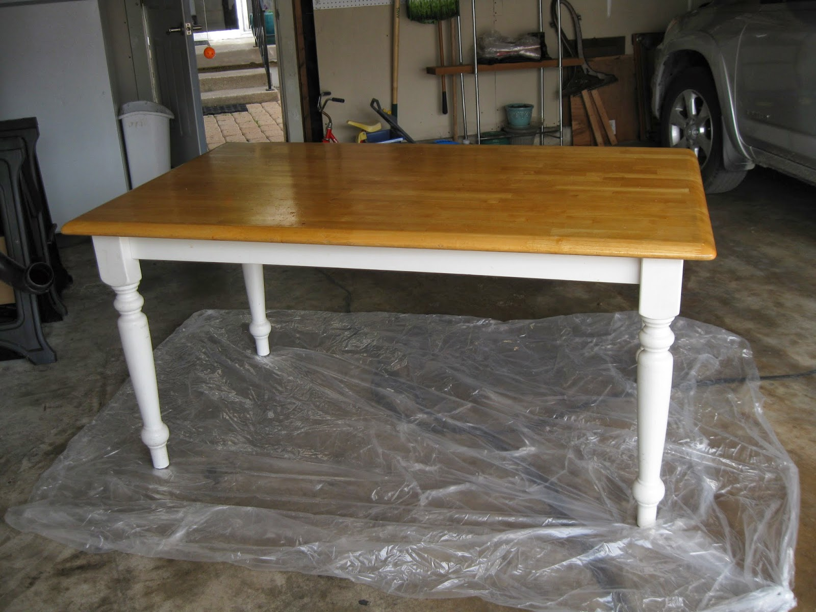 How To Turn An Ugly, Generic Kitchen Table Into A Farmhouse Table: Part 1