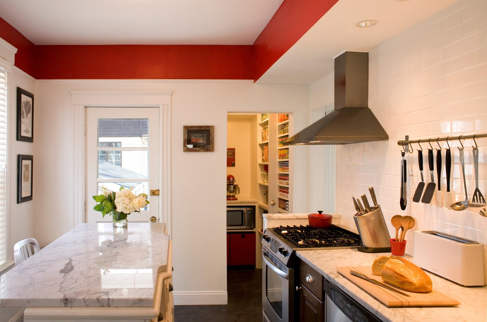 how to make money off renovating houses