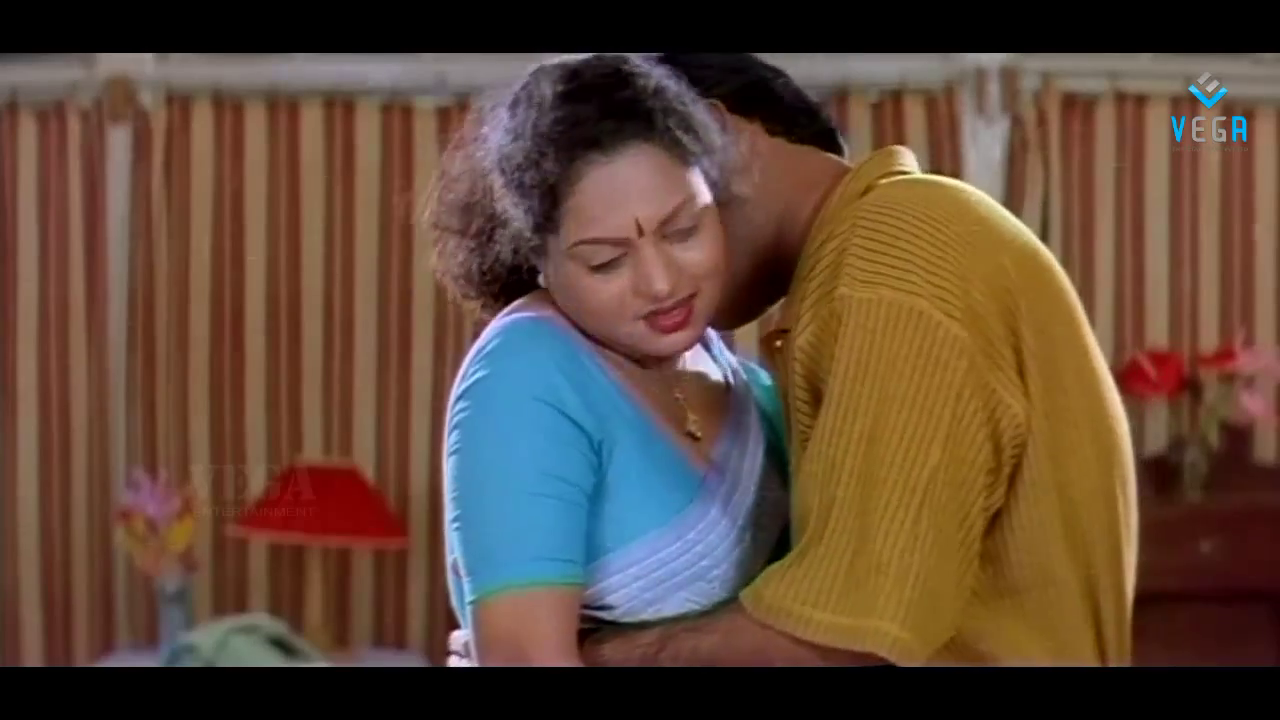 Mallu Aunty Hot In Blue Blouse Pictures