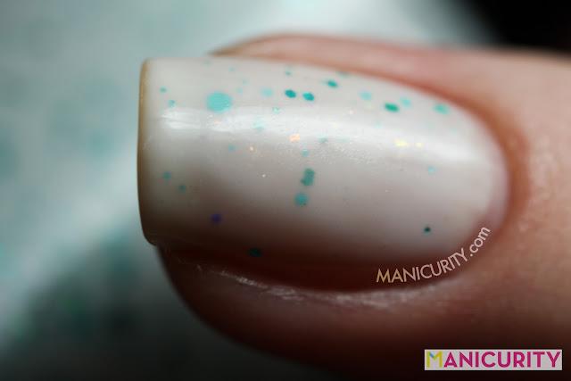 Manicurity | Dollish Polish Expecto Patronum + patronus inspired nail art (from Harry Potter)
