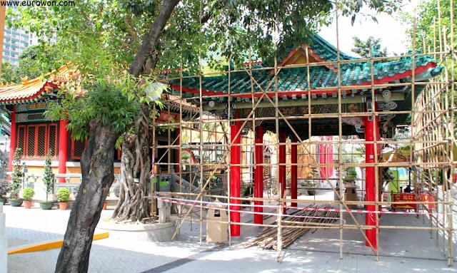 Restauración de un pabellón del templo Wong Tai Sin de Hong Kong