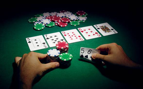 How to win in poker game