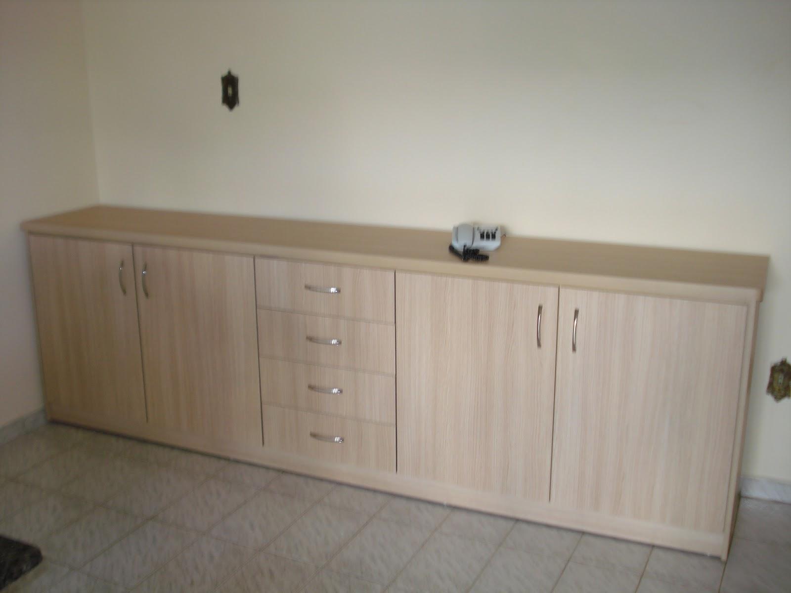 armário extra e na imagem de baixo o armário debaixo da escada #5C503C 1600 1200