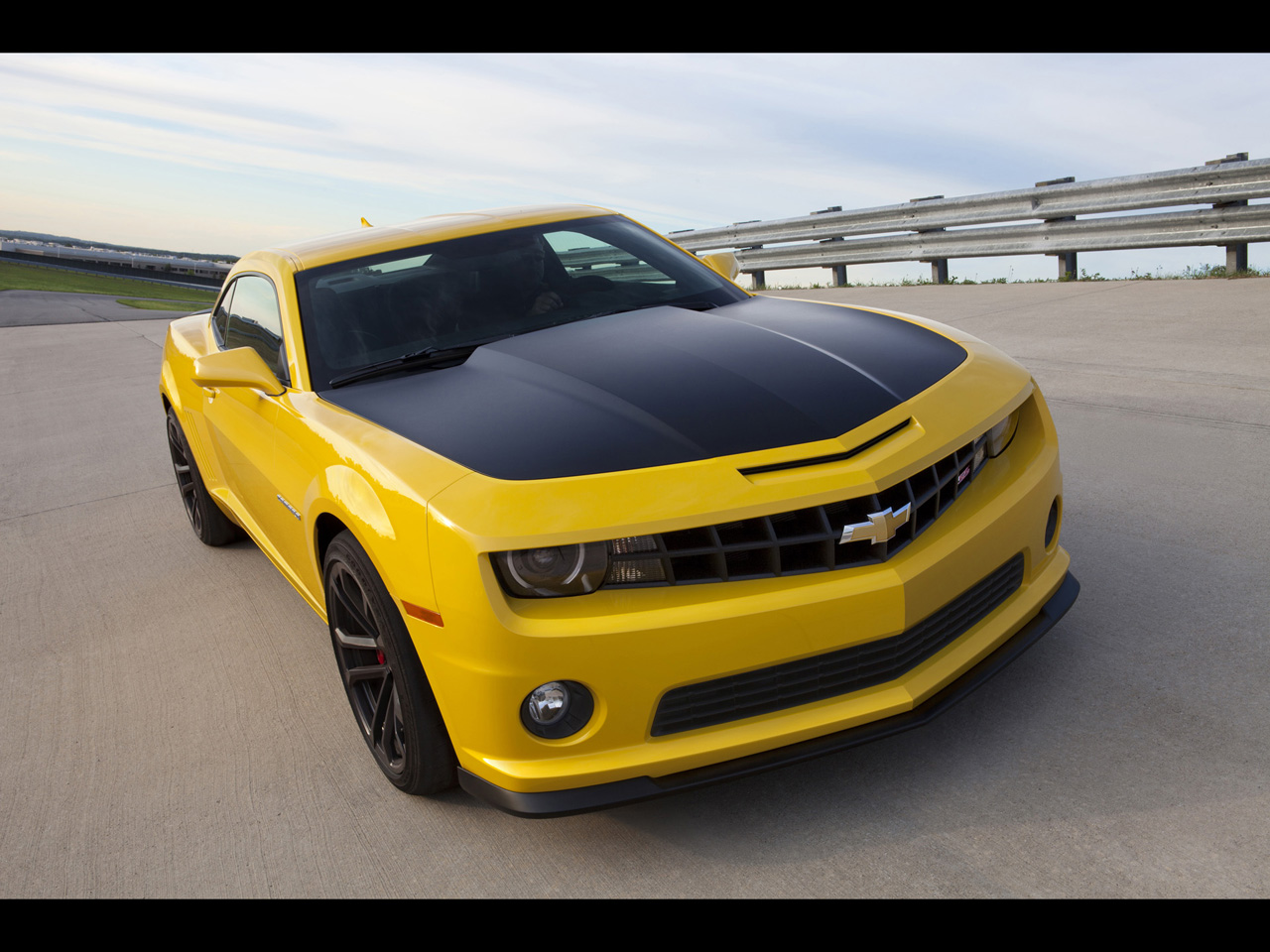 2013 chevrolet camaro 1le hd car wallpapers cartestimony. Black Bedroom Furniture Sets. Home Design Ideas