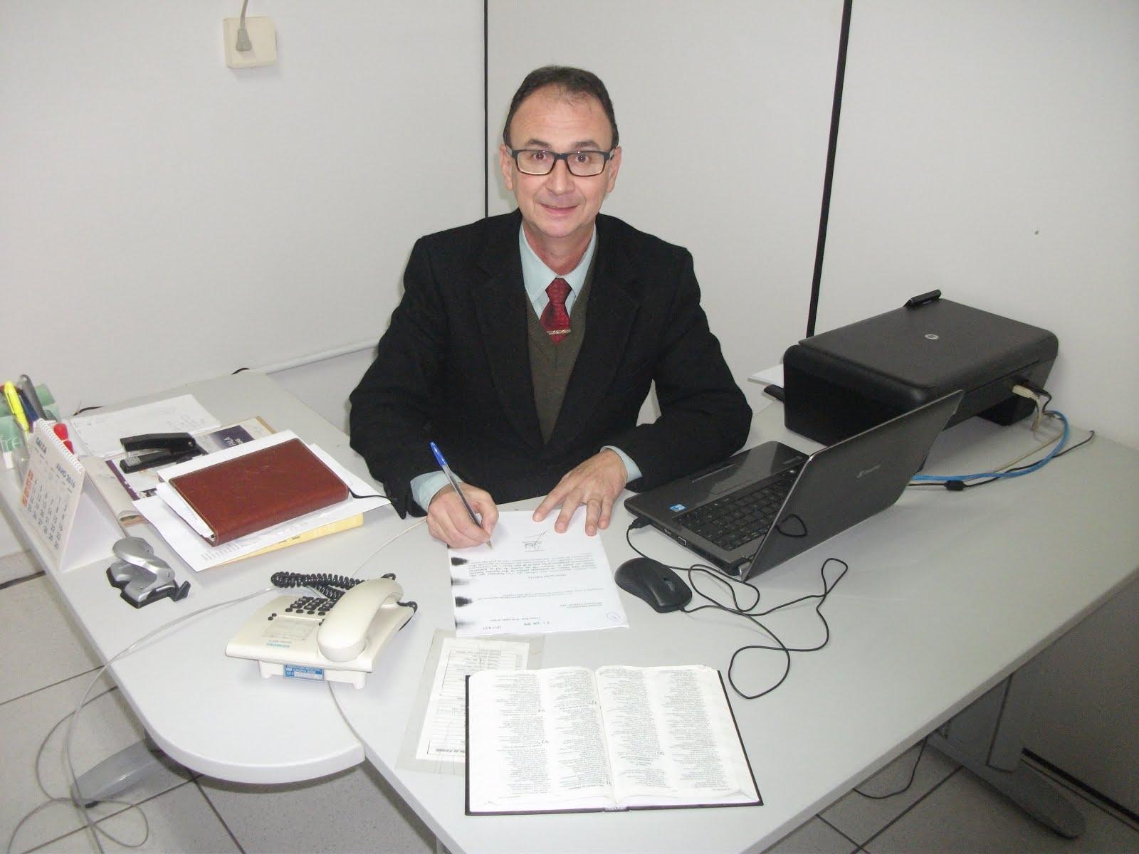 VEREADOR PEDE REURBANIZAÇÃO DO CAMPO DO CATLÉIA