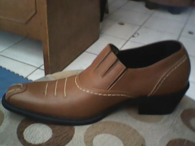 sepatu redwing yang bagus