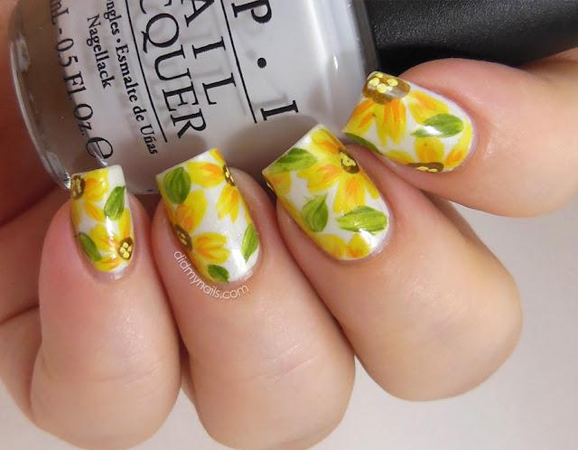 yellow daisy nail art