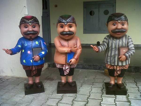 patung maskot museum yogyakarta