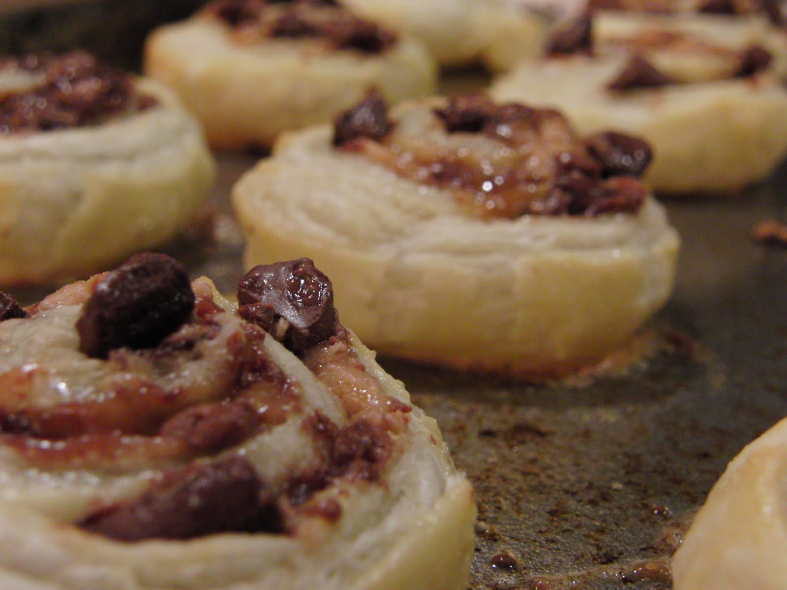 brown sugar and walnut puff pastry swirls brown sugar and walnut puff ...