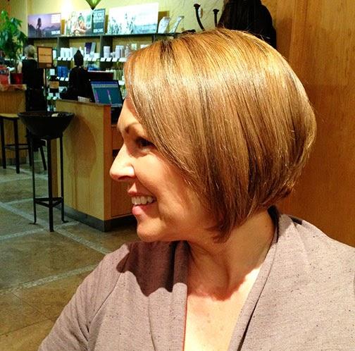 Mama s Got A New Short Haircut and Color Kandee Johnson