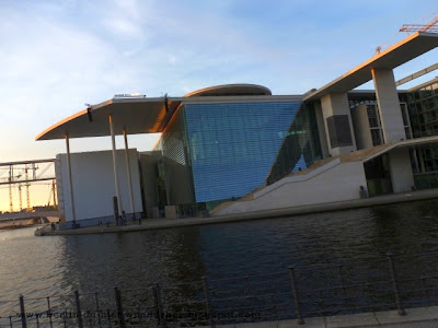 berlin, hauptbahnhof, lehrter, hbf, zug, s-bahn, u-bahn, Paul-Löbe-Haus