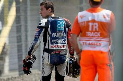 Jika Dipecat, Memangnya Ducati atau Honda Mau Menampung Lorenzo?