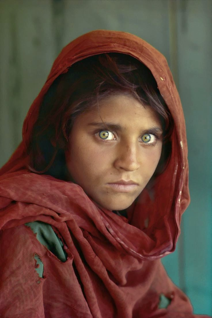 Afghan girl steve mccurry national geographic 1985 jpg