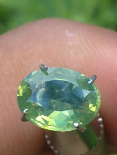 natural green zirkon