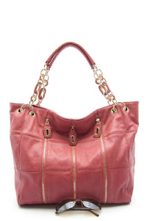 http://www.giftsbymadison.com/H-Republic-Tote-Handbag-p/s0053.htm