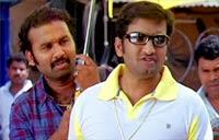Santhanam informs Rajini's arrival   Santhanam Comedy