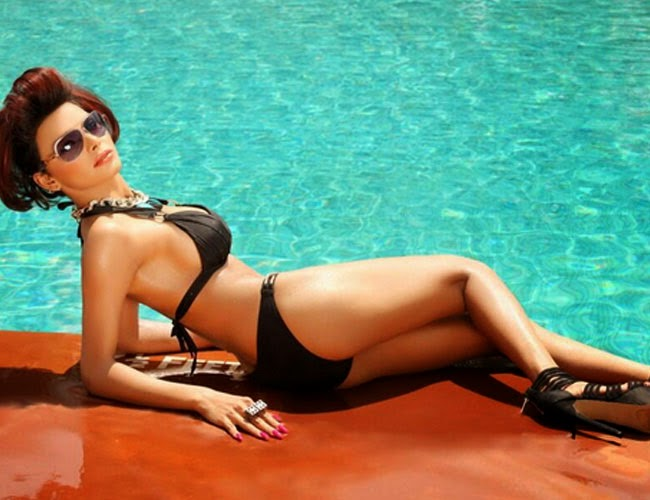 Sherlyn Chopra hot photos in bikini