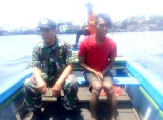 Dikabarkan Tenggelam Di Perairan TPI, Nelayan Ini Ditemukan Sedang Makan Nasi Bungkus