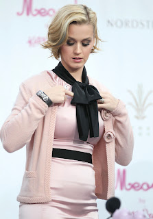 Katy Perry Photos, Katy Perry Bombshell Blonde