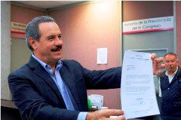 Triunfa democracia e independientes en Veracruz: Juan Bueno Torio