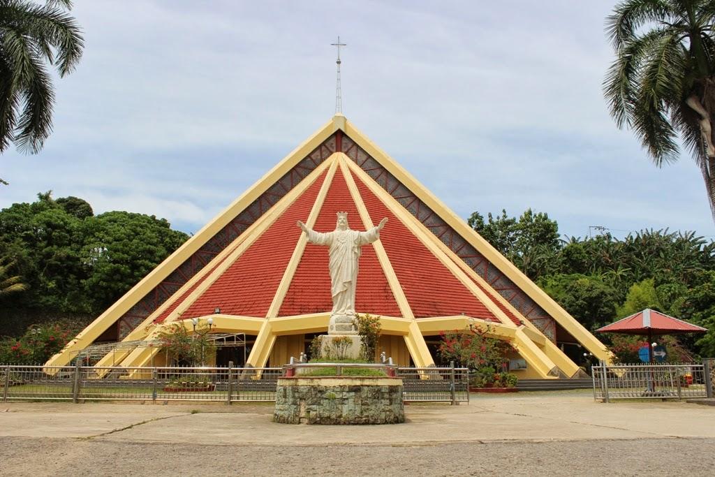 [Gambar] Indahnya Gereja di Kota Sorong - Ardi La Madi's Blog