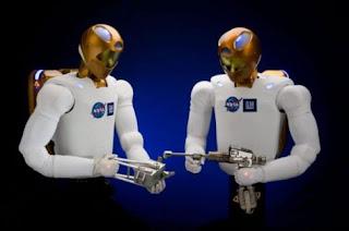 robot astronot nasa