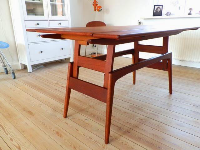 Retro furniture: københavnerbord sofa  og spisebord i teaktræ