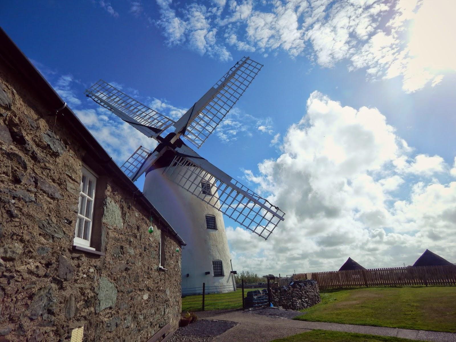 Llanddeusant windmill