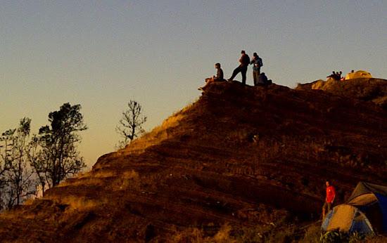 Rinjani Trekking summit via Sembalun