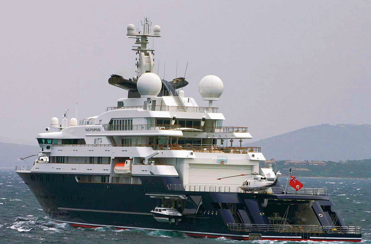 Northwest Passage 2013 Super Yacht Octopus Stalled At Beechey Island Whats Up