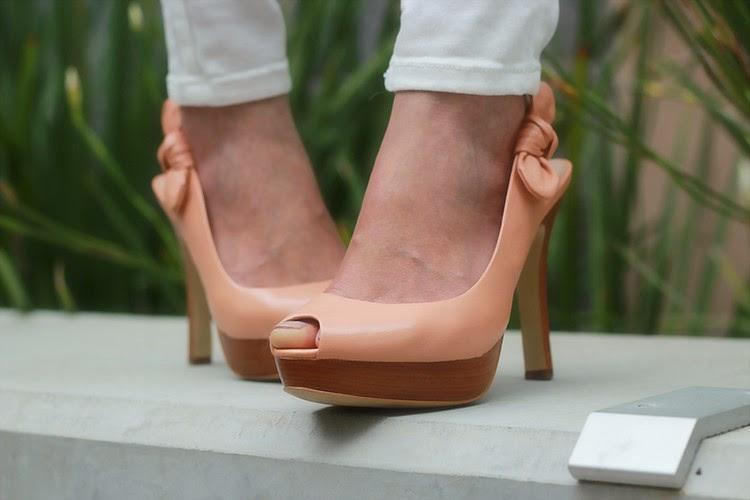 talbots bow blush leather peeptoe sandal heels