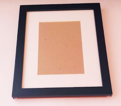Kiss Print Frame