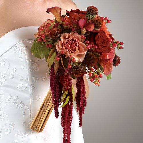Доставки цветов букет невесты из роз и ягода фото минск