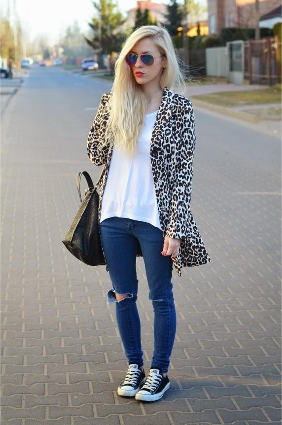 http://www.oasap.com/blazers/31800-leopard-turn-down-collar-blazer.html