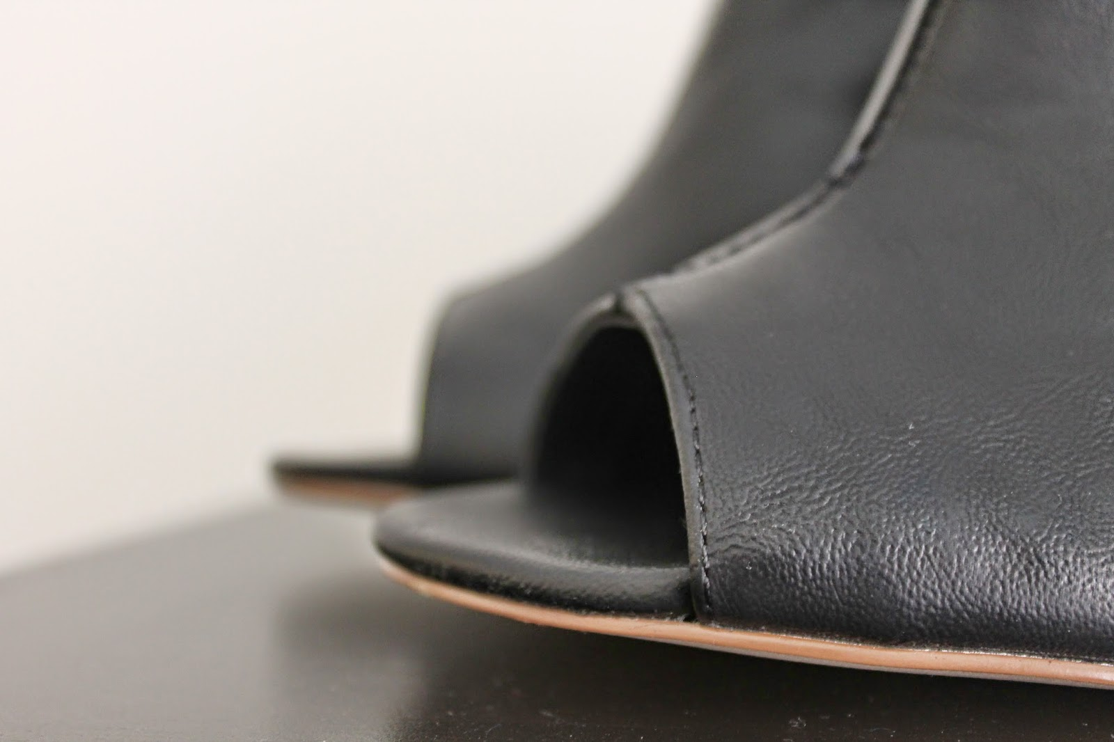 black-shoe-boot-close-up-peep-toe
