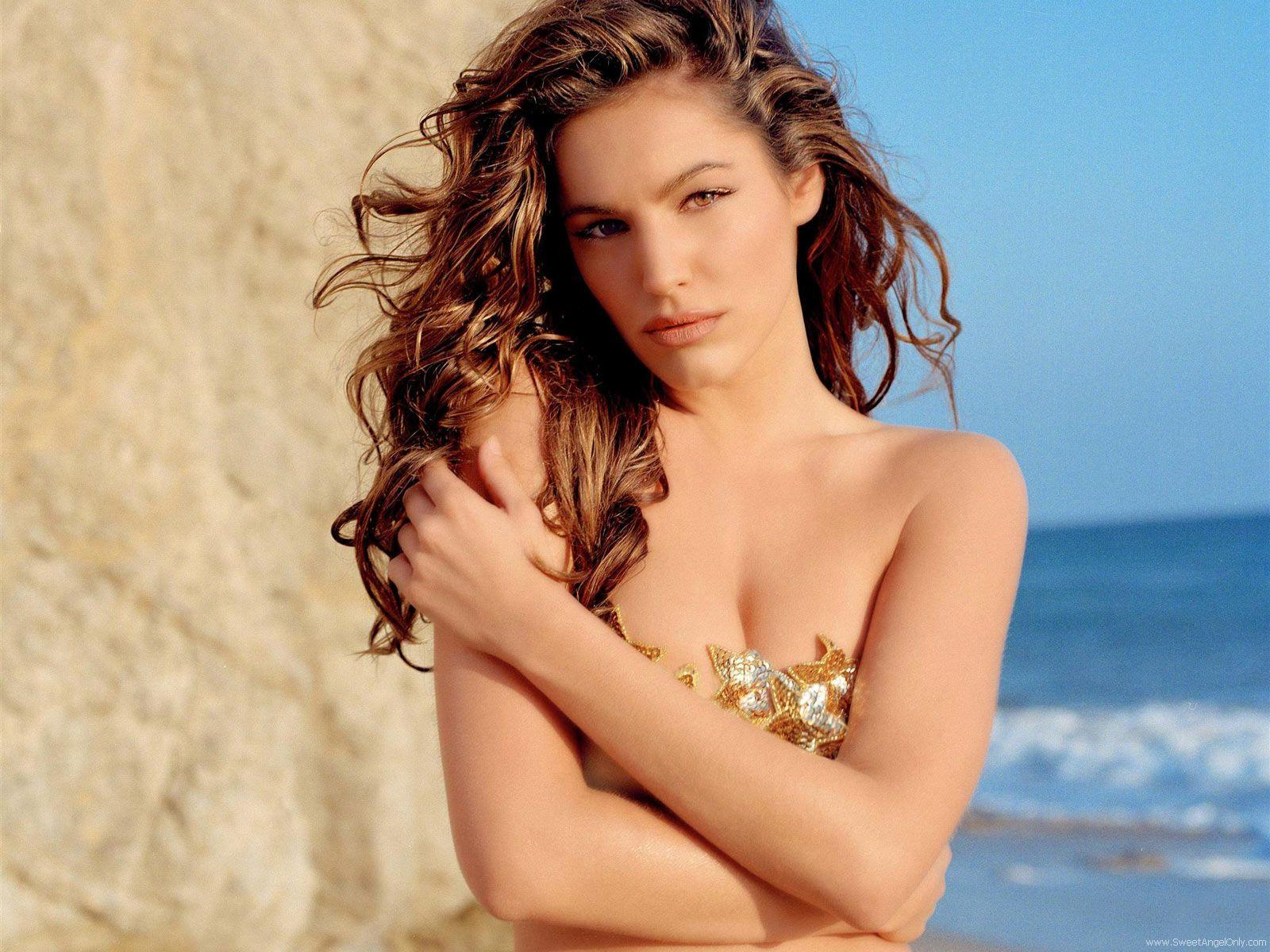 http://2.bp.blogspot.com/-W_e0Sjb_RiY/TeD9BKYH7gI/AAAAAAAAFqg/moDGChVKbvs/s1600/kelly_brook_a_HD_Wallpaper_43.jpg