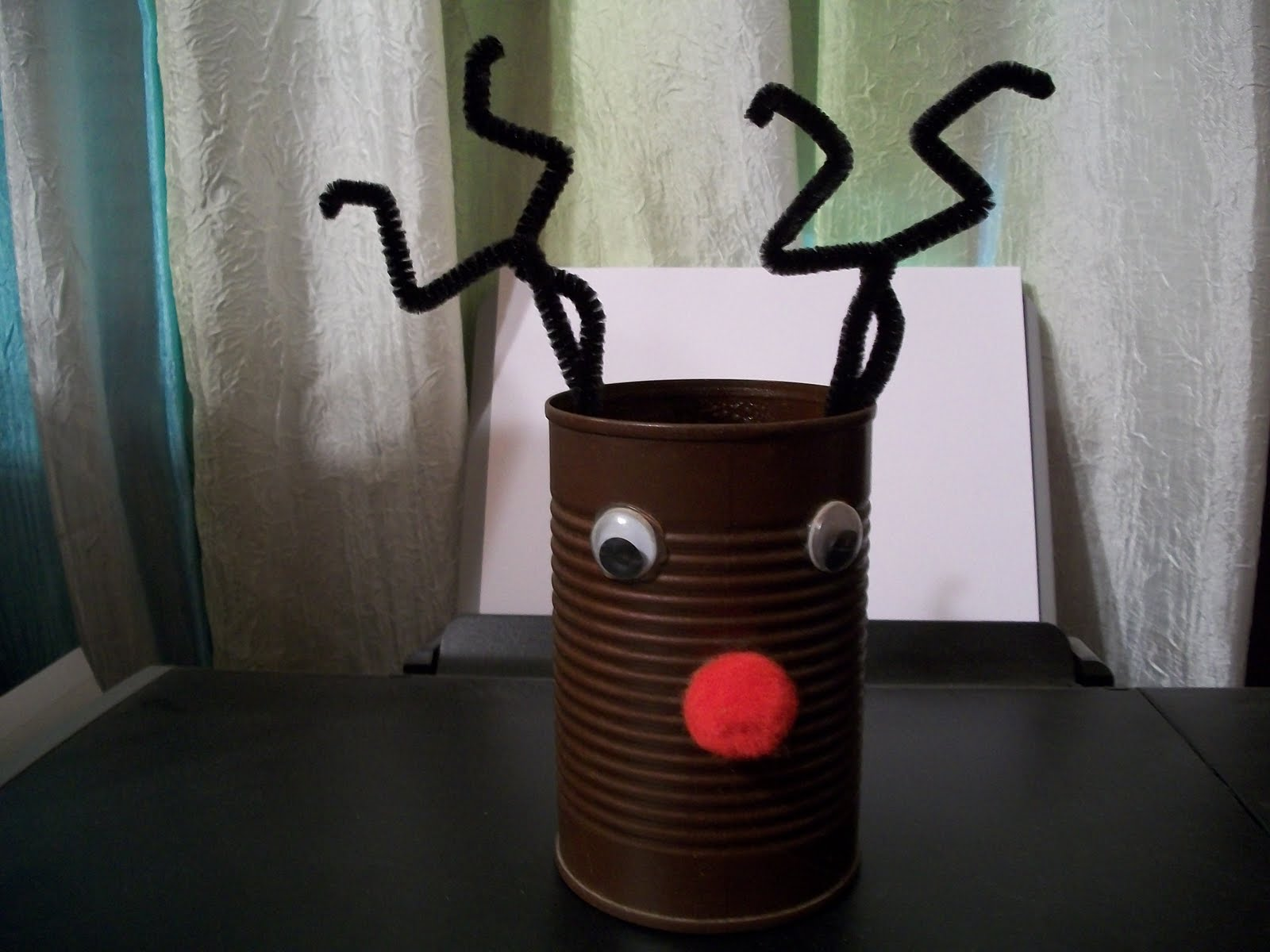 cats kids and crafts soup can reindeer