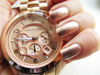 rose gold watch, rose gold nail
