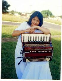 Mary Terezinha - cantora