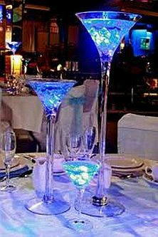 Me ayudan foro organizar una boda for Centros de mesa con copas