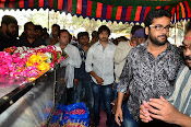 Telugu Hero Uday Kiran Condolences-thumbnail-16