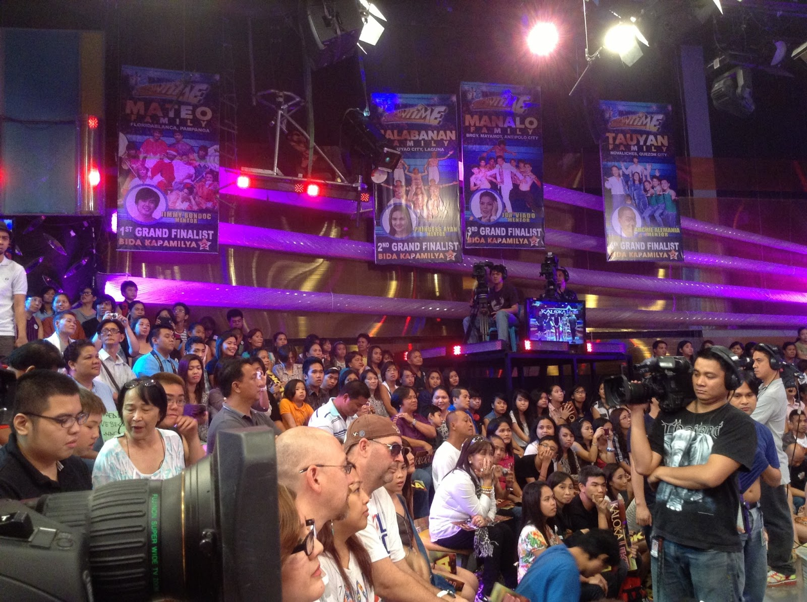 Anne Curtis And Vhong Navarro Kiss Anne curtis and vhong navarro